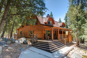 Bear's Den, Offered by Idyllwild Vacation Homes in Idyllwild, Callif