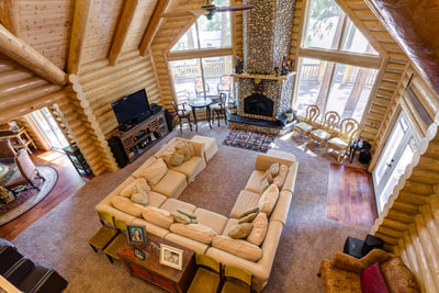 Log Home Great Room Pictures